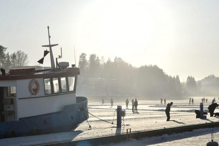 #arkipäivänonni http://www.stoori.fi/arkipaivanonni/syylliset-hyvaan-mieleen/