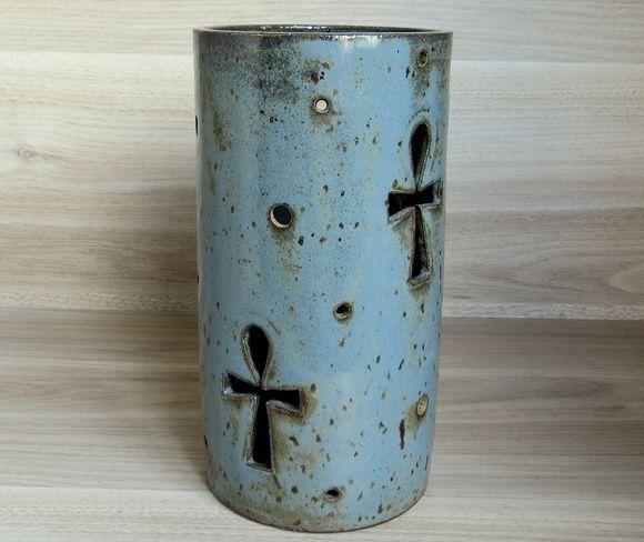 PORTA VELA CILINDRO para vela de 7 dias   Esmaltada em azul   Diamêtro 9,5 cm Altura 18,5 cm
