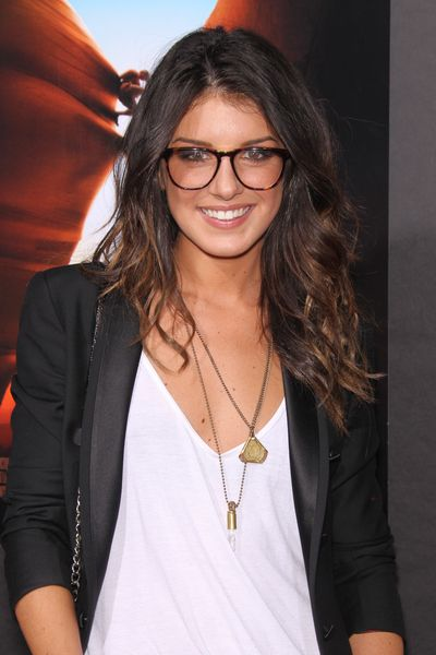i love this hair color! shenae grimes.