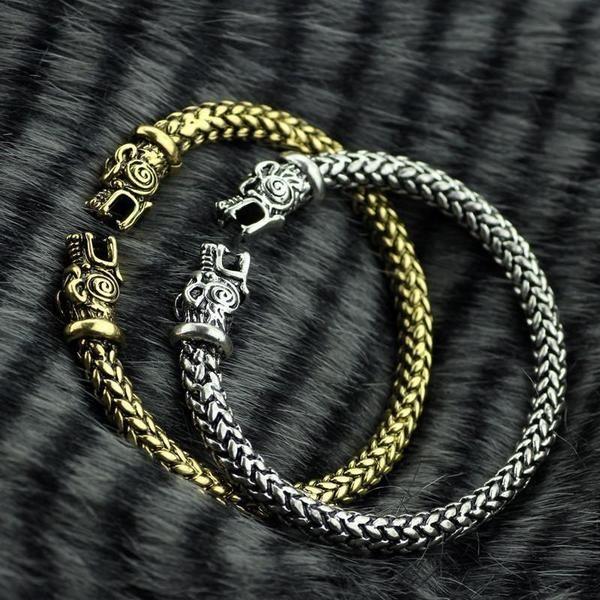 8876cb09eb4 Bracelete Vikings Wolf O bracelete com o simbolo da cabeça de lobo usada na  série é