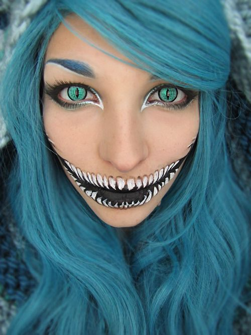 Halloween Make upHalloweencostumes, Cheshire Cat, Halloween Costumes, Alice In Wonderland, Halloween Makeup, Blue Hair, Makeup Ideas, Halloween Ideas, Halloweenmakeup
