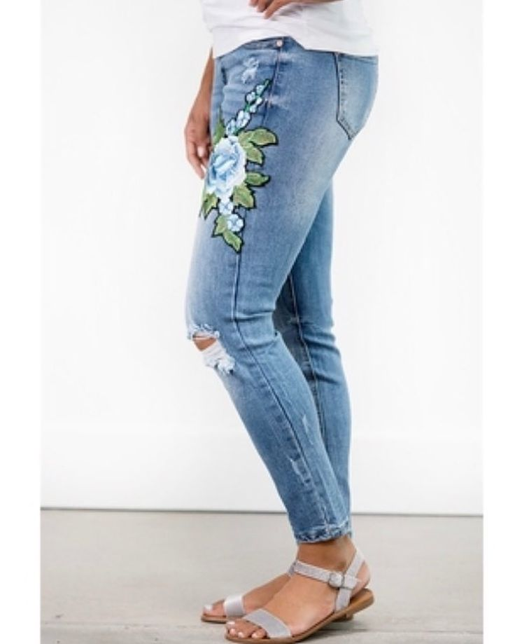 These embroidered jeans are live on the site! Go grab them before they are gone! These are on my list of must haves for sure. Link in bio! https://pickyourplum.com/#/products/embroidered-jeans-3-styles/5a876cde #pyp #pickyourplum #happiness #happy #mytribe #instafashion #instadaily #fashion #musthaves #ootd #boutiques #dailydeals #shopping #shoppingonline