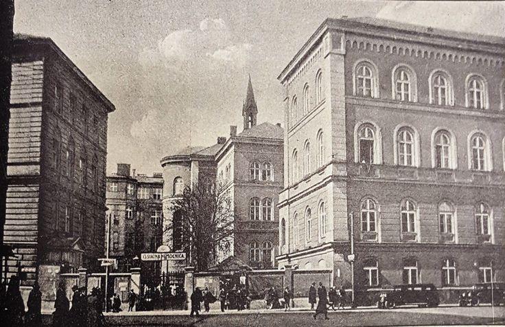 Bratislava State Hospital in the 1930s.  Source: Zdravotnická rocenka, 1932, p. 493 Also see photo of the hospital from 1919 at: http://bratislavaden.sk/krasy-bratislavy-hlavne-mesto-vyzeralo-kedysi-cast-38/
