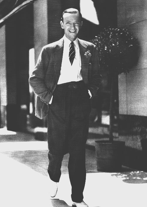 140 best images about fred astaire and ginger rogers on pinterest actresses dancers and swings. Black Bedroom Furniture Sets. Home Design Ideas