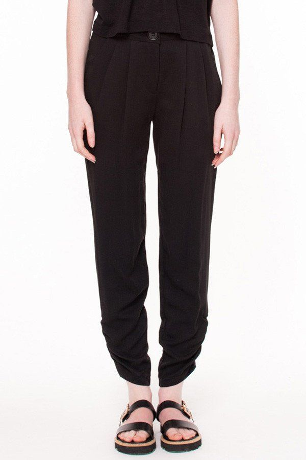 Barrow Pant by Canadian fashion designer Valerie Dumaine. Eco-friendly tencel twill pant with front pleats and elastic shirring at leg opening.  Responsible fashion from Montreal, Canada.