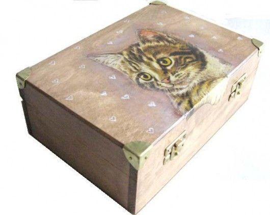 decoupage - skrzynki, kufry i pudełka ozdobne-Koci kuferek