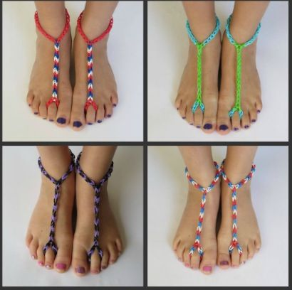 Barefoot Sandals ~ made with the Mini Rainbow Loom.  Visit us on Facebook ~ www.facebook.com/craftlifeusa ~