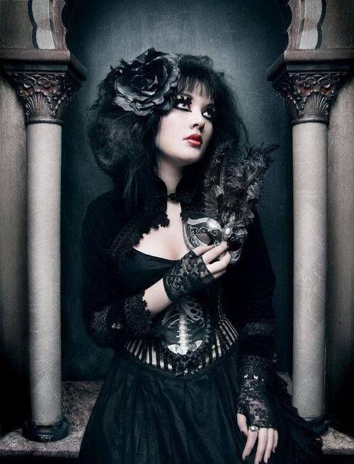#Gothic neo-Victorian dress