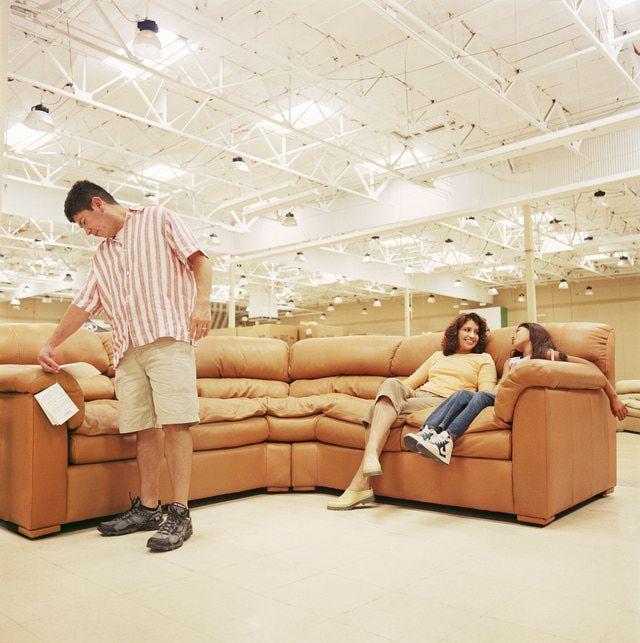 M s de 25 ideas incre bles sobre tiendas de muebles for Donde puedo conseguir muebles baratos