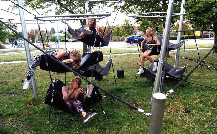 Elverdal leverer ferdige lekeplasser. Elverdals arkitekter utarbeider funksjonelle, pedagogisk utfordrende og morsomme løsninger som harmonerer med lokalmiljøet.