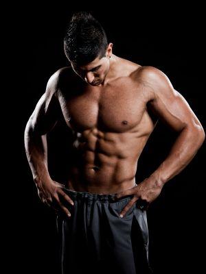 Muskeln aufbauen oder Fett abbauen, was kommt zuerst? Du willst also nackt gut aussehen. Die Reihenfolge entscheidet: Muskelaufbau oder Fettabbau? So gehts!