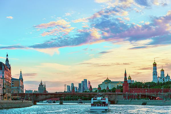 George Westermak Photograph - View Of The Moscow River, The Moscow Kremlin And The Moscow International Business Center  by George Westermak#GeorgeWestermakFineArtPhotography #ArtForHome #FineArtPrints #travel #Russia