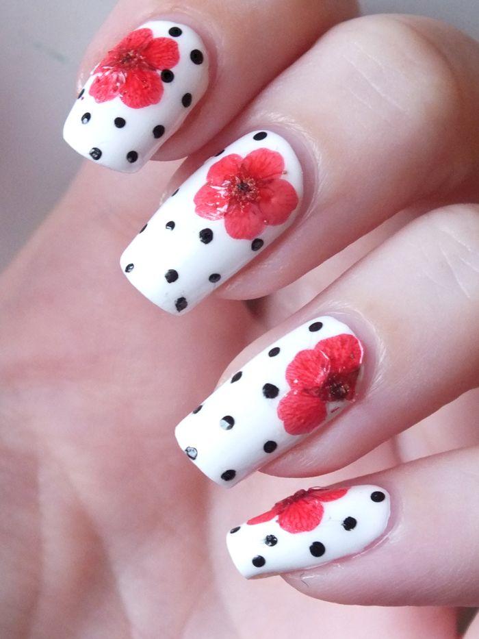 inspiration-kenzo-blanc-nailmatic-fleurs                                                                                                                                                                                 Plus