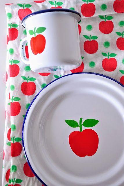 apples @ de emaillekeizer amsterdam - an apple a day...