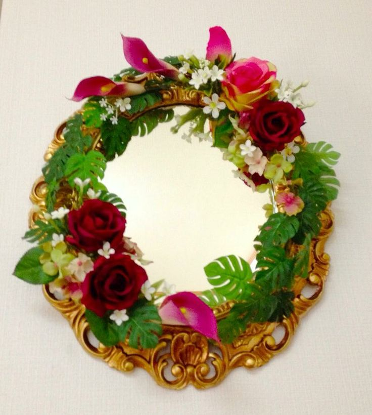 Flower mirror for luxury resort hotel
