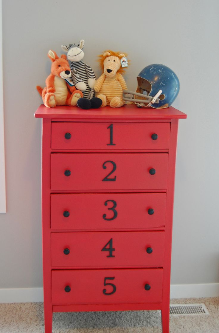 Painted red dresser with numbers - just adore this. Found on http://www.girlintheredshoes.com (great decor)