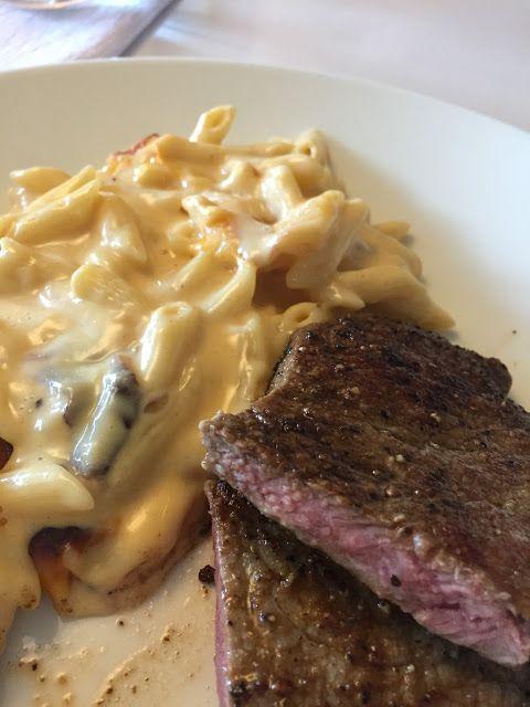 Voita ja Suolaa: Mac and Cheese eli Juustomakaroni. Yksi amerikkalaisen keittiön kulmakivistä on mac'n cheese.