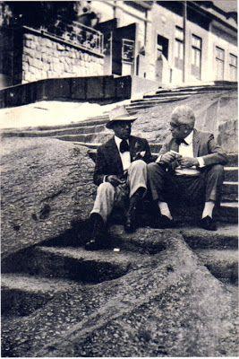 João da Baiana e Jota Efegê nas escadarias da pedra do sal  anos 20