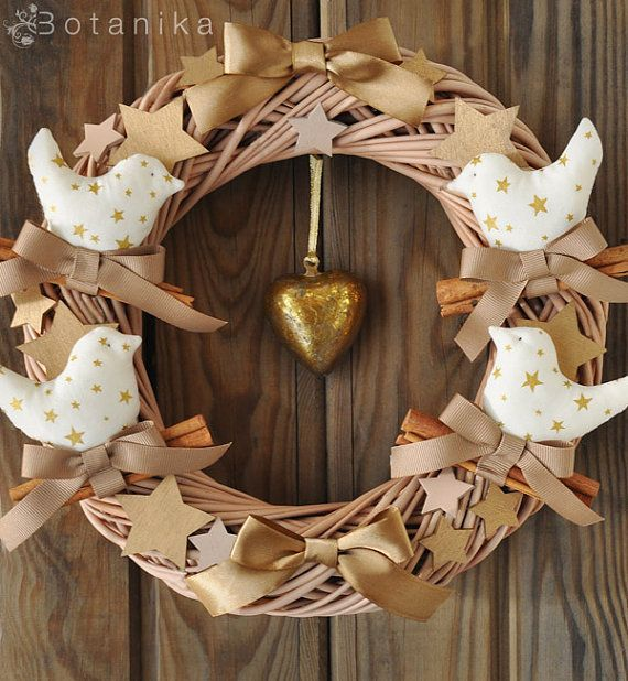Cinammon Birds Christmas wreath - Holiday decor winter home Noel decorations wood star birds gold golden ribbon natural X mas
