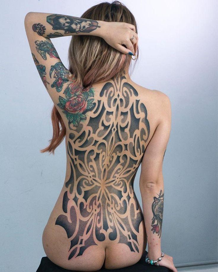 best 25 sexy female tattoos ideas on pinterest female side tattoos female tattoo sleeve and. Black Bedroom Furniture Sets. Home Design Ideas