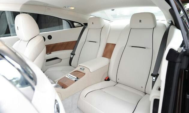 white interior rolls royce wraith t o y s pinterest white interiors interiors and rolls. Black Bedroom Furniture Sets. Home Design Ideas