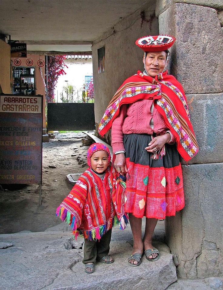 Quechua mother and child.   Befolkningen Peru   Pinterest