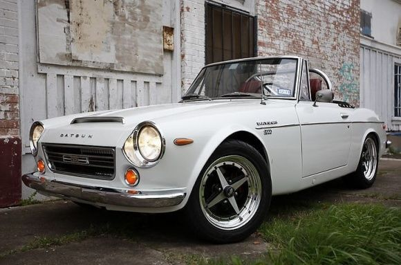 52 best datsun roadster fairlady images on pinterest for Garage nissan terville 57