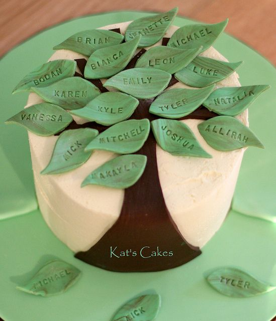 Family tree cake by Kat's Cakes, via Flickr
