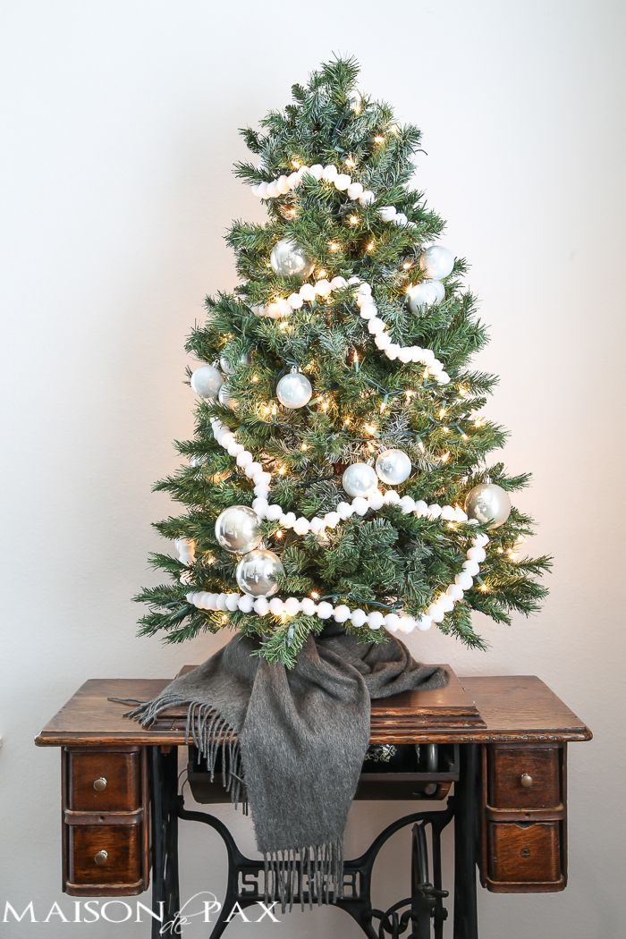 Christmas Bedroom Decorating Ideas 967 best winter/christmas decor images on pinterest | christmas