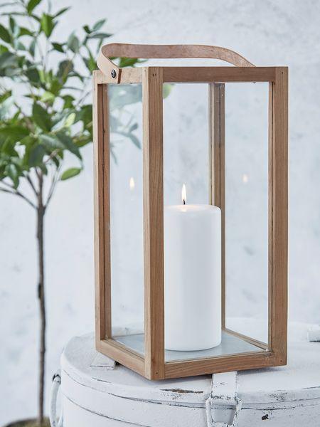 This uber-chic Danish minimalist teak lantern with its straight lines makes an immediate impact.