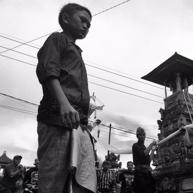 """""""the kid - cremation series""""   Bali, Indonesia"""