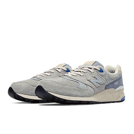 To wear the New Balance 999 is to wear a piece of athletic heritage. Made  with premium suede, durable materials and offering comfort that stands up  to ...