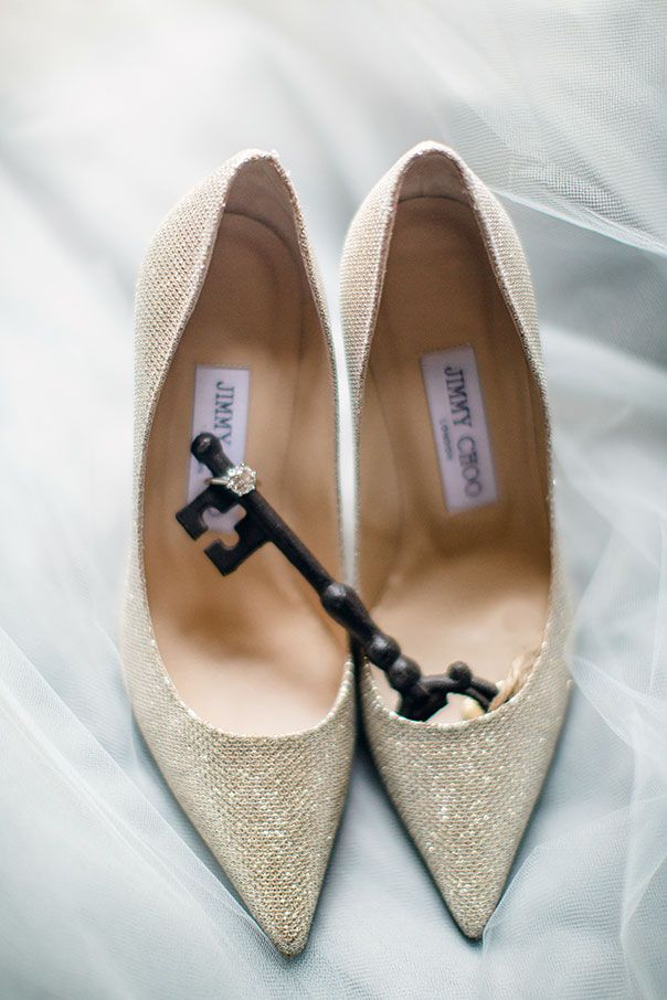 jimmy choo, wedding details, sunstone villa, nadia hung photography,