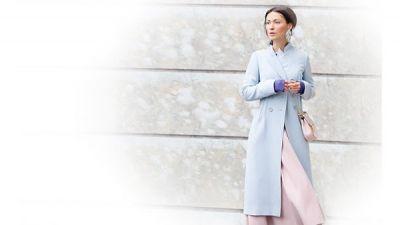 Ροζ - Γαλάζιο: πώς καθιερώθηκε ο συνδυασμός; Τα καλύτερα street style