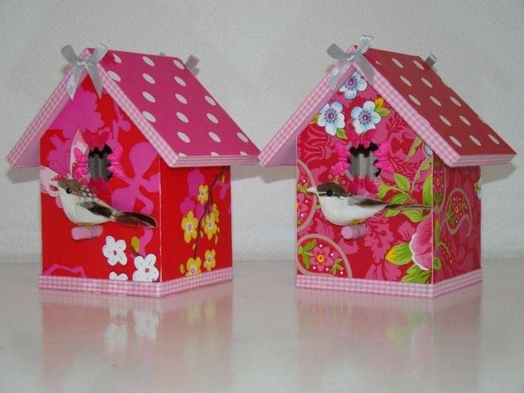 "Vogelhuisje type ""Merel"" rood/roze | Vogelhuisjes | Juffrouw Bets"