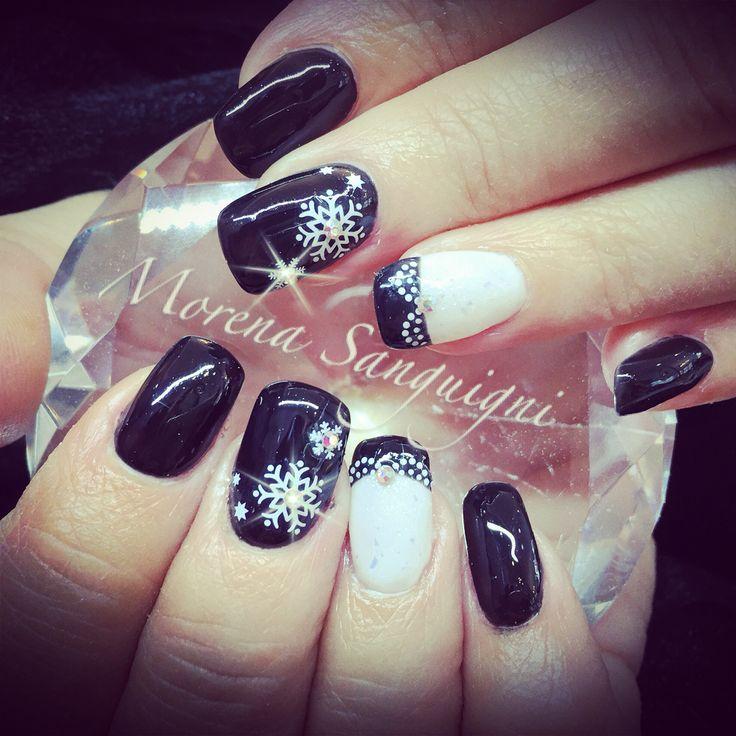 Christmas nails snowflakes, gel crystals