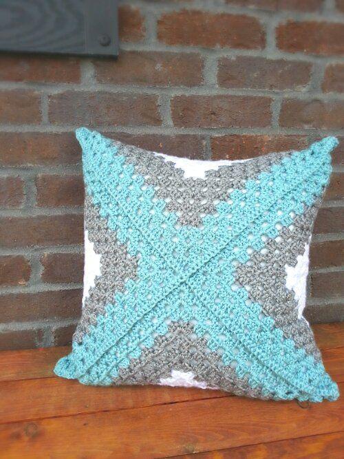 Retro Granny Square Accent Pillow. B.hooked Crochet.