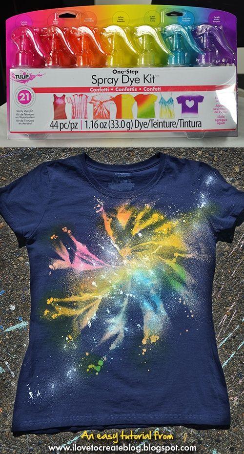 Camiseta con galaxia en espiral - Vía ilovetocreate.com