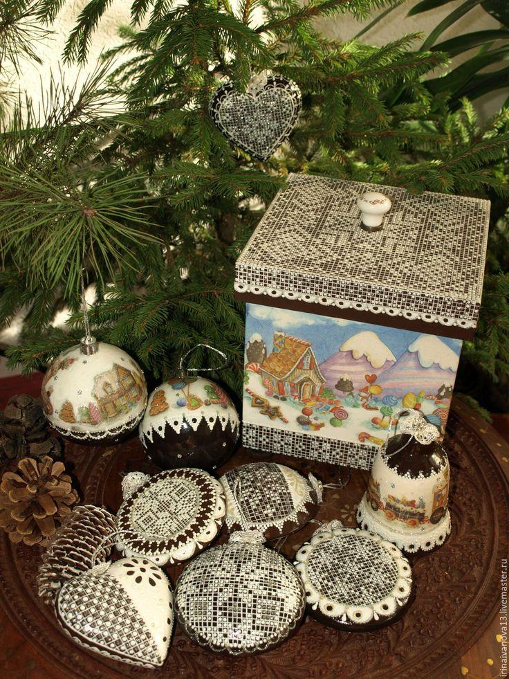 Купить Новогодние елочные украшения Пряники расписные(9 предметов + короб) - елочные игрушки