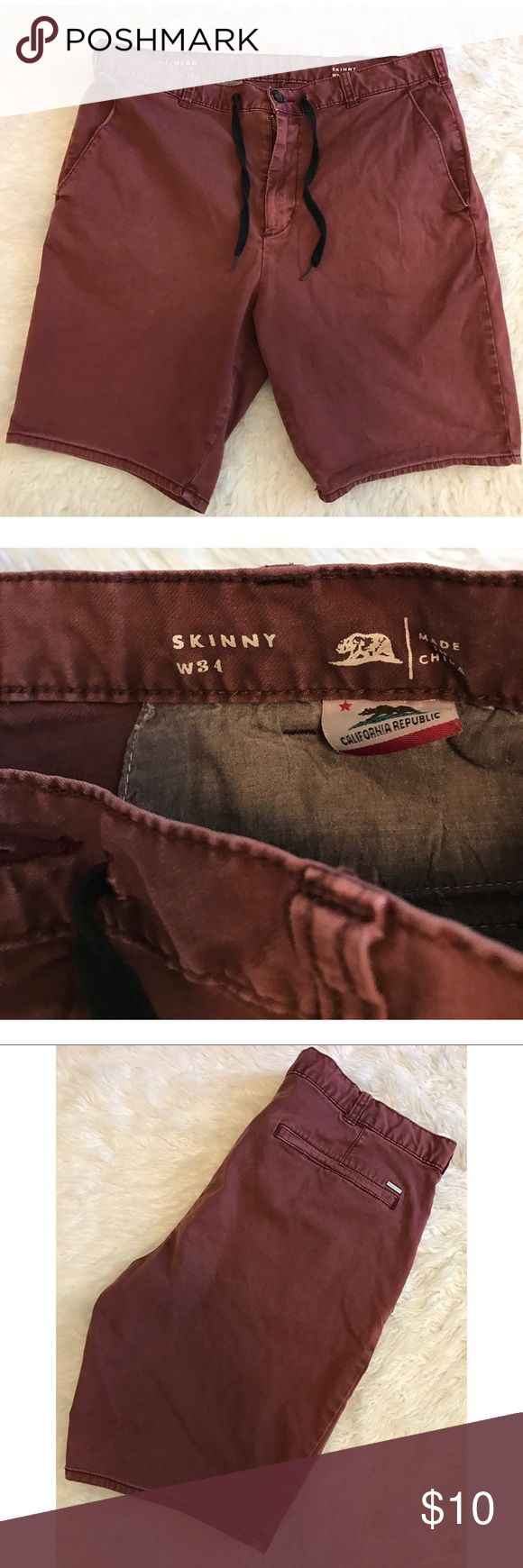 W34 • Skinny • Men's Cargo Shorts -Bundle & save!!  -Check out my other listings for more great deals!  -NO TRADES OR HOLDS -I try my best to do next day shipping  ❌❌❌PLEASE DO NOT BUNDLE ANY OF THE LOTS TOGETHER, the shipping weight will be over the limit and I will cancel your order. If you have any questions  - please ask!  ❌❌❌ Bullhead Shorts Cargo
