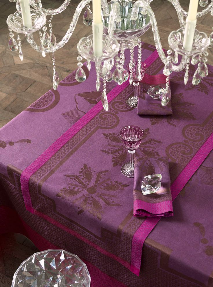 Purple Colored Patterned Tablecloths, Napkins, Placemats And Table Runners.