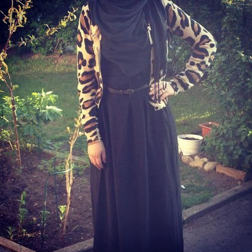 Love the cardigan! #hijab