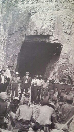 "Brits and ""agteryers"" Boers and theirs, Abel erasmus at spekboom ABW, ZAR tunnel"