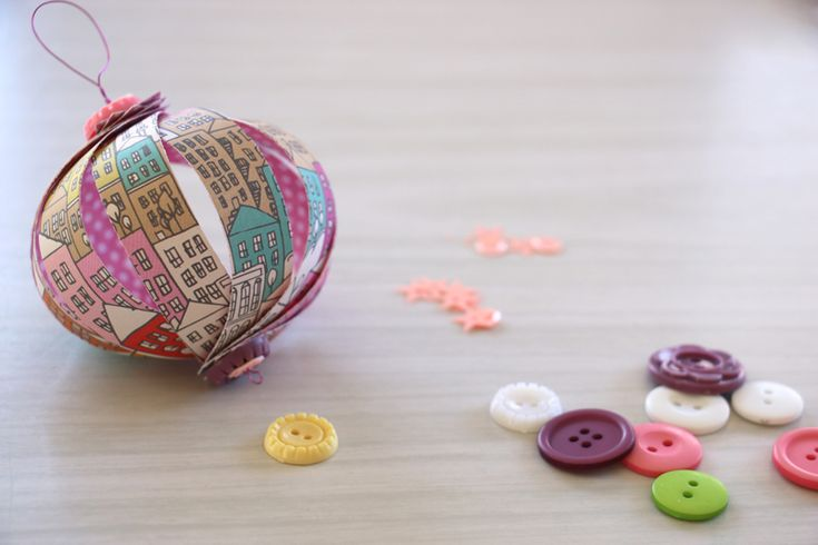 paper ornaments how-to with Natalie Elphinstone @studio_calico