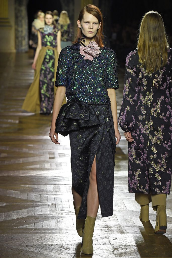 """In homage to """"the true style icons of recent generations,"""" Dries Van Noten served up a spectacular fashion feast. [Photo by Giovanni Giannoni]"""