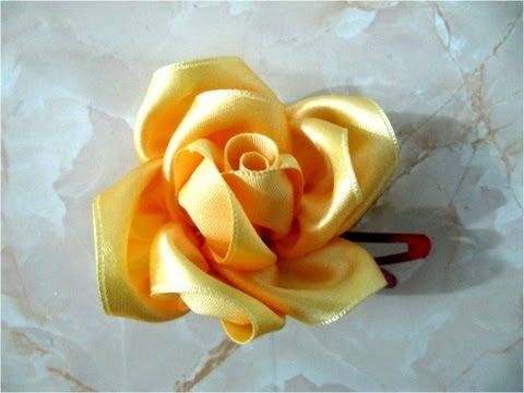 getlinkyoutube.com-Moños de rosas hermosas para el cabello                                                                                                                                                      Mais