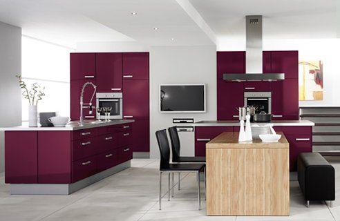 Best 25 purple kitchen cabinets ideas on pinterest for Aubergine bathroom ideas