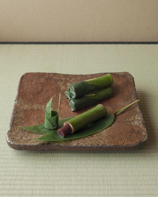 Japanese sweets -Mizuyokan- (soft adzuki-bean jelly) on Bizen ware plate from Momoyama Era (1568~1600), Japan