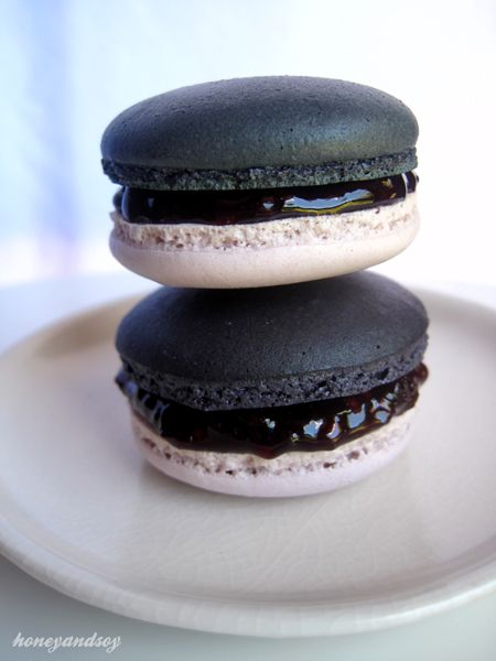 French Fruits Noir Macarons