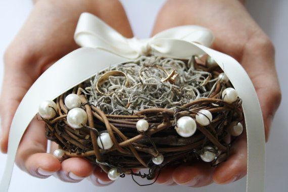 Ring bearer pillow Rustic ring box bird nest ring bearer Wedding ring box Rustic wedding ring bearer moss nest Woodland ring holder LYSANDER